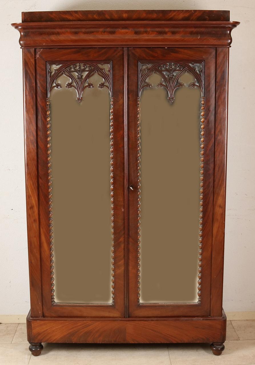 Biedermeier kast met spiegels