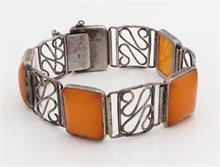 Zilveren armband met barnsteen
